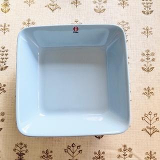 イッタラ(iittala)の新品 廃番 ライトブルー  スクエアプレート16×16cmティーマ イッタラ(食器)