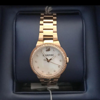 GWお値下 新品未使用 SWAROVSKI ブレスレットウォッチ ローズゴールド(腕時計)