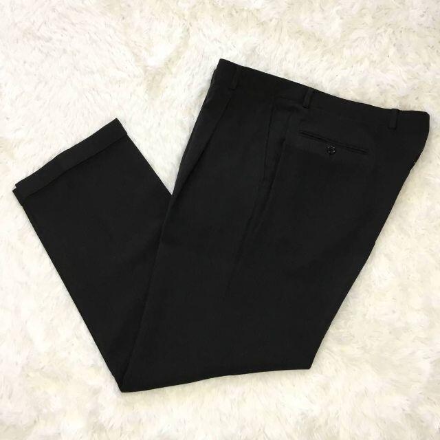 ARMANI COLLEZIONI(アルマーニ コレツィオーニ)のアルマーニコレツィオーニヘアラインストライプ入りダブルスーツチャコールグレー メンズのスーツ(セットアップ)の商品写真
