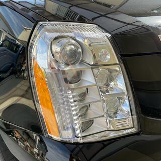 キャデラック(Cadillac)のキャデラックエスカレード プラチナム ESV兼用 助手席側 右側 ヘッドライト(車種別パーツ)