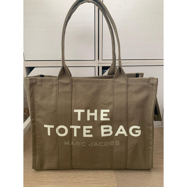 MARC JACOBS(マークジェイコブス)のMARC JACOBS トートバッグ THE TOTE BAG レディースのバッグ(トートバッグ)の商品写真