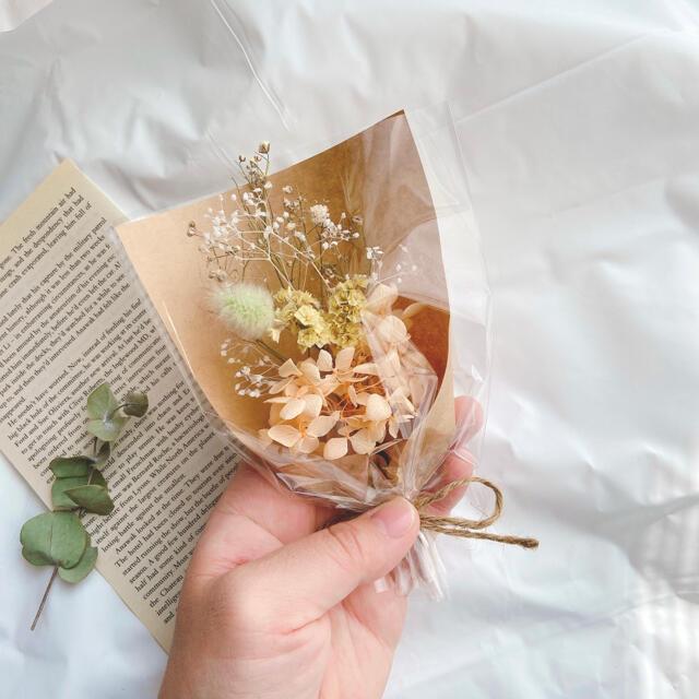 イエロー オレンジ ラッピング ミニブーケ ♡ ドライフラワー 母の日 ギフト ハンドメイドのフラワー/ガーデン(ドライフラワー)の商品写真