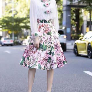 ドルチェアンドガッバーナ(DOLCE&GABBANA)の新品未使用花柄スカート(ひざ丈スカート)