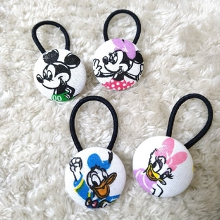 ディズニー(Disney)のくるみボタン 髪ゴム ハンドメイド ディズニー (ヘアアクセサリー)