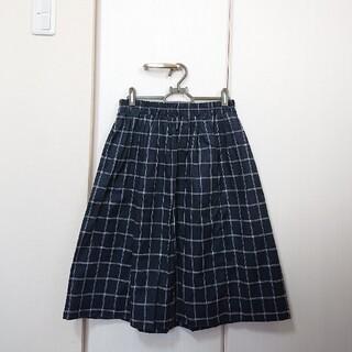 グローブ(grove)のgrove 紺色 チェックのフレアスカート(ひざ丈スカート)