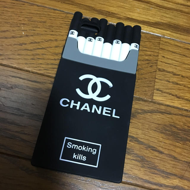 CHANEL iphoneカバーの通販 by rie's shop|ラクマ