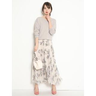 ジャスグリッティー(JUSGLITTY)の新品  JUSGLITTY ジャスグリッティー アートフラワープリーツスカート(ロングスカート)