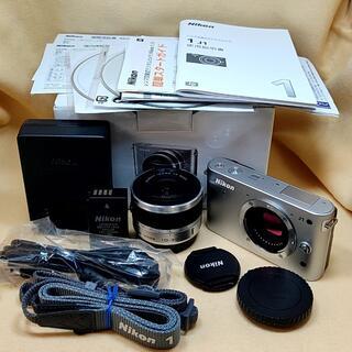 Nikon - ミラーレス一眼カメラ Nikon 1 J1 標準ズームレンズ シルバー