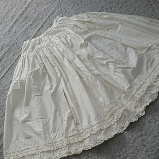 カネコイサオ(KANEKO ISAO)の☆カネコイサオ☆カットワークレース/綿ブロードスカート(ロングスカート)