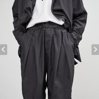 イズネス(is-ness)のGraphpaper Garment Dyed Tuck Trousers(スラックス)