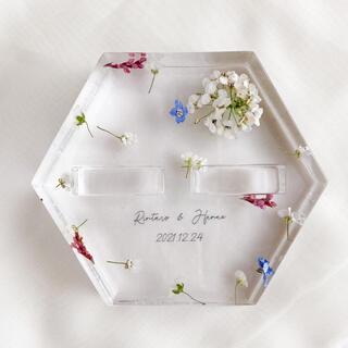 🎈白のアリッサムと春のカラフル小花×ガラスケースリングピロー (リングピロー)