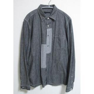ウェアラバウツ(WHEREABOUTS)のWHEREABOUTS ウェアラバウツ 切替デザインシャンブレーシャツ 日本製(シャツ)