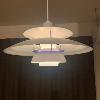 アクタス(ACTUS)のルイスポールセン  PH5 Plus white(天井照明)