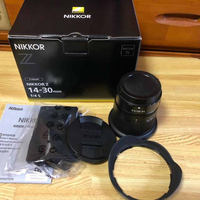 Nikon(ニコン)のNikon NIKKOR Z14-30mm f4/s 超広角ズームレンズ【美品】 スマホ/家電/カメラのカメラ(レンズ(ズーム))の商品写真