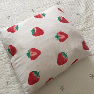 ANNA SUI mini - いちご クッション ☆ いちごクッション イチゴ 苺