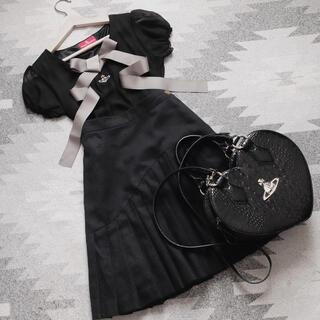 ヴィヴィアンウエストウッド(Vivienne Westwood)のviviennewestwood アシンメトリープリーツスカート(ひざ丈スカート)
