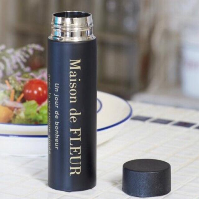 Maison de FLEUR(メゾンドフルール)の【新品未使用】Maison de FLEUR オリジナルボトル ノベルティ レディースのファッション小物(その他)の商品写真