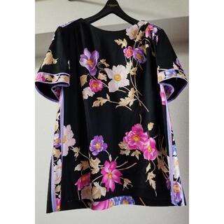 LEONARD - ☆タグ付未使用☆ レオナールコットンTシャツ 大きめ40 42の方にも❤