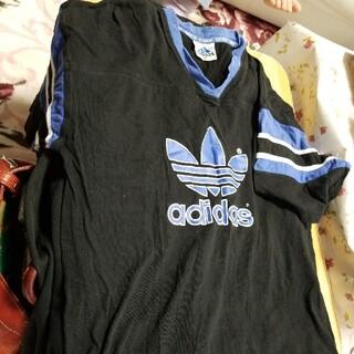 アディダス(adidas)のTシャツ(大人)(シャツ)