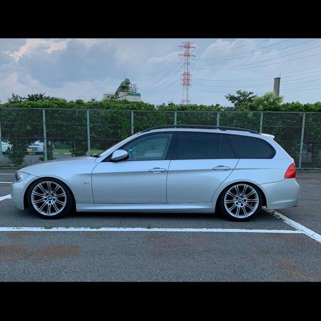 BMW(ビーエムダブリュー)のBMW Mスポ今年末まで320i ツーリングe91 走行6万 車検R4.7まで 自動車/バイクの自動車(車体)の商品写真