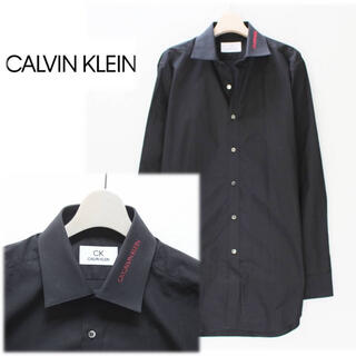 シーケーカルバンクライン(ck Calvin Klein)の 《カルバンクライン》新品 襟ロゴ ドレスシャツ 黒 M(首回り40)(シャツ)