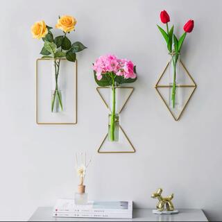 フランフラン(Francfranc)の【ダイヤ】ワイヤーフラワーベース アイアン 壁掛け花瓶 シンプル まとめ ドライ(花瓶)