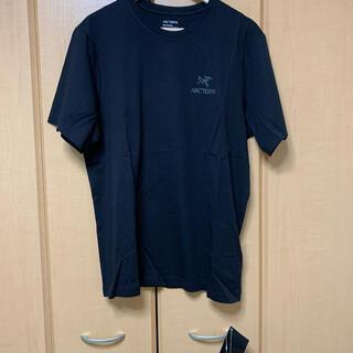 アークテリクス(ARC'TERYX)の【ARC' TERYX】EMBLEM ショートスリーブ Tシャツ 半袖Tシャツ(Tシャツ/カットソー(半袖/袖なし))