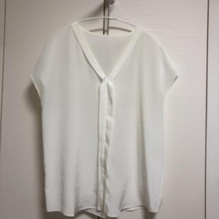 アナイ(ANAYI)のアルアバイル ホワイトトップス サイズ2(カットソー(半袖/袖なし))