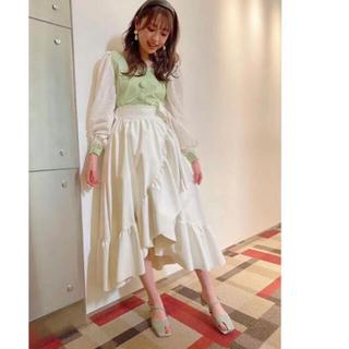 リルリリー(lilLilly)のレザーフリルロングスカート(ロングスカート)