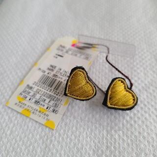 ダズリン(dazzlin)の刺繍が可愛い ハートピアス イエロー(ピアス)