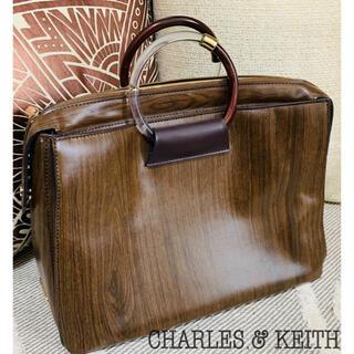 チャールズアンドキース(Charles and Keith)のCHARLES & KEITH チャールズ&キース 木目調 バッグ(ハンドバッグ)