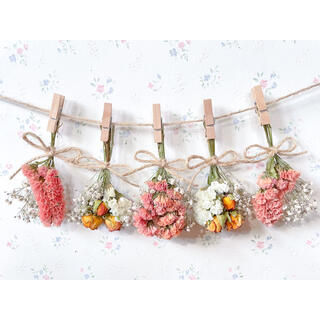 オレンジバラとかすみ草のホワイトドライフラワーガーランド♡スワッグ♡ミニブーケ(ドライフラワー)