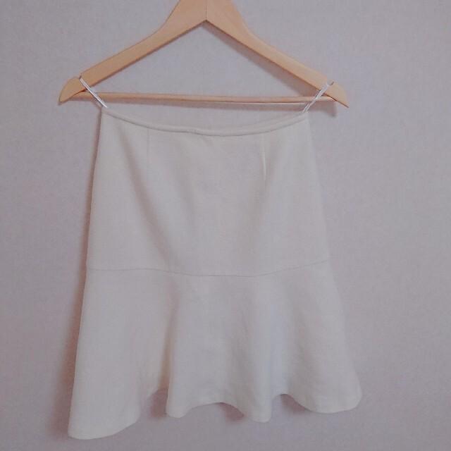 ANAYI(アナイ)の柔らかなオフ白❤️ ウールスカート✨ ビーバースケータースカート 36 ブランド レディースのスカート(ひざ丈スカート)の商品写真
