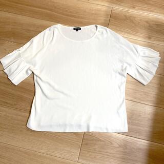 インディヴィ(INDIVI)のINDIVI トップス  フリル袖 美品 大きいサイズ(カットソー(半袖/袖なし))