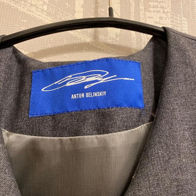 JOHN LAWRENCE SULLIVAN(ジョンローレンスサリバン)のanton belinskiy ベスト メンズのジャケット/アウター(ダウンベスト)の商品写真