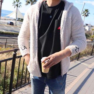ルーカ(RVCA)のサーファーコーデ☆LUSSO SURF 刺繍ボアパーカー Mサイズ ベアフット(パーカー)