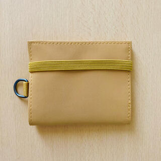 ムジルシリョウヒン(MUJI (無印良品))の無印良品 ポリエステルトラベル用ウォレット マスタード(財布)