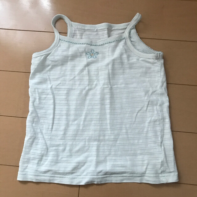 しまむら(シマムラ)の肌着まとめ売り 4枚セットプラス1枚100センチ キッズ/ベビー/マタニティのキッズ服女の子用(90cm~)(下着)の商品写真