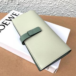 ロエベ(LOEWE)の新品 ロエベ バーティカル ウォレット ラージ (財布)