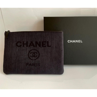 CHANEL - CHANEL シャネル クラッチバッグ ドーヴィル ブラック