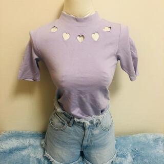 スピンズ(SPINNS)のハートカット くり抜き パープル むらさき トップス(Tシャツ(半袖/袖なし))
