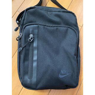 ナイキ(NIKE)のNIKE ナイキ ミニショルダーバック スモールショルダーバッグ 黒 ブラック(ショルダーバッグ)