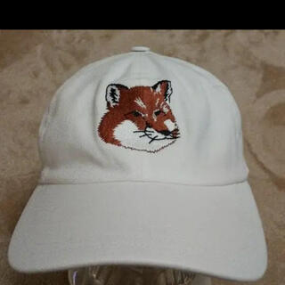 MAISON KITSUNE' - メゾンキツネ  fox headロゴキャップ