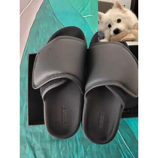 Yeezy season7 slipper メンズ サンダル サンダ43(サンダル)
