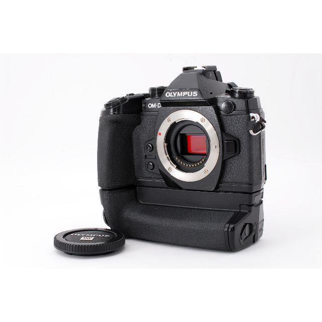 OLYMPUS(オリンパス)のOLYMPUS OM-D E-M1ボディ バッテリーグリップ HLD-7 スマホ/家電/カメラのカメラ(デジタル一眼)の商品写真
