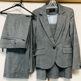 エニィスィス(anySiS)のグレー スーツ3点セット/秋冬用(スーツ)
