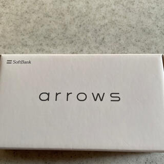 アローズ(arrows)の新品arrowsUスマートフォンホワイト Softbank(スマートフォン本体)