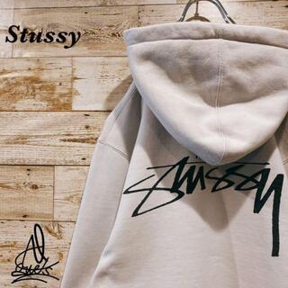 STUSSY - 《デカロゴ》Stussy ステューシー パーカー L☆ベージュ バックロゴ