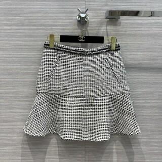 シャネル(CHANEL)のChanel 新品スカート(ミニスカート)