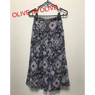 オリーブデオリーブ(OLIVEdesOLIVE)のOLIVE de OLIVE  総柄ガウチョパンツ M(カジュアルパンツ)